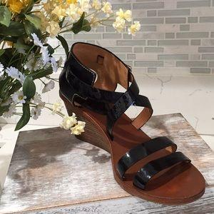 Pristine condition COACH leather shoe/ sandal